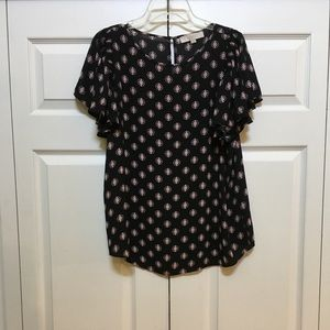 EUC-LOFT BEAUTIFUL TOP YOU ARE GOING TO LOVE